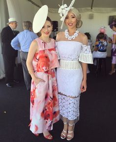 Tattersall& races with the always impeccably dressed Race Day Fashion, Races Fashion, Fashion Outfits, Ascot Dresses, Day Dresses, Nice Dresses, Race Day Outfits, Derby Outfits, Kentucky Derby Fashion
