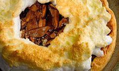 Receita de Torta folhada de cogumelo - Torta salgada e quiche - Dificuldade: Fácil - Calorias: 313 por porção