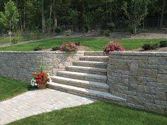 retaining wall with stairs | patterned retaining wall with stairs