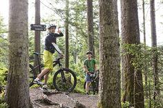 Wo geht's lang? Michael zeigt dir die besten Mountainbike-Strecken in Saalfelden! Sports Training, Boutique, Nature, Boutiques