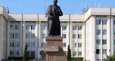 Памятник Тарасу Шевченко в Севастополе в свое время был постоянным местом сборов местных украинцев...