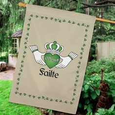Personalized Failte Irish House Flag - Gifts Happen Here