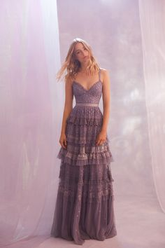 This Dreamy Collection From Needle and Thread Is A Must See Perfectly mixing lace cocktail gowns, with flirty sundresses, and casual tees, Needle and Thread nails the art of serving up versatile fashion. Grad Dresses, Evening Dresses, Wedding Dresses, Maxi Dresses, Dance Dresses, Mode Outfits, Fashion Outfits, Dress Fashion, Fashion Games