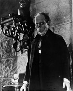 """Lon Chaney reveals the soul of Erik in """"The Phantom of the Opera"""" Horror Monsters, Scary Monsters, Famous Monsters, Legendary Monsters, Classic Horror Movies, Horror Films, Classic Films, Horror Art, Horror Icons"""