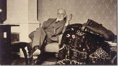 Assista o documentário: A Invenção da Psicanálise e conheça a história de Sigmund Freud e como a invenção da Psicanálise transformou o mundo da Psicologia.
