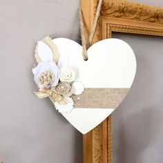 decoracion negocio Wooden heart, decorated with fabric flowers and a linen Ribbon Heart Decorations, Valentines Day Decorations, Valentine Day Crafts, Christmas Crafts, Wooden Hearts Crafts, Wood Crafts, Diy Crafts, Decor Crafts, Crafts To Make