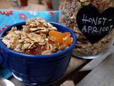 honey chia apricot granola // salt and grape #glutenfree #breakfast #homemade