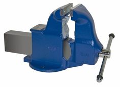 Pipe and Bench Vise Model 134c