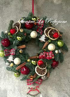 Christmas Christmas Time, Christmas Wreaths, Polymer Clay, Holiday Decor, Home Decor, Decoration Home, Room Decor, Home Interior Design, Modeling Dough