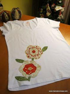 Camisetas patchwork de manoskuriosas.com Summer Dresses, Fashion, Vestidos, Templates, Appliques, Fabric Combinations, Custom T Shirts, Shirts, Blouses