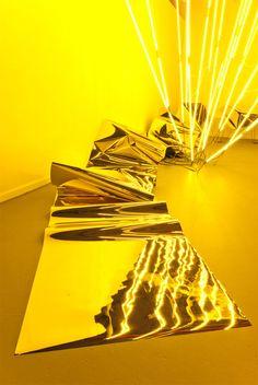 Keith Lemley neon art installation.http://decdesignecasa.blogspot.it