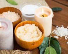 Gommage visage au sucre et à l'huile d'argan : http://www.fourchette-et-bikini.fr/recettes/recettes-minceur/gommage-visage-au-sucre-et-lhuile-dargan.html
