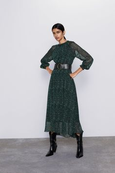 How to Wear Belts with Fashionable for Your Dresses Especially Yours Dresses, Zara Dresses, Casual Dresses, How To Wear Belts, Modest Fashion, Fashion Outfits, Corporate Attire, Zara Women, Dress First