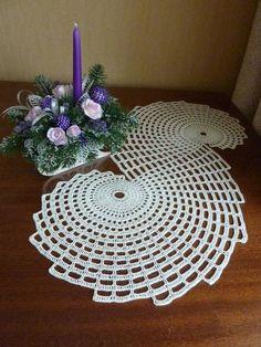 Items similar to Crochet doily,shell shape doily,oval doily on Etsy Crochet Table Runner Pattern, Crochet Doily Patterns, Crochet Tablecloth, Crochet Motif, Hand Crochet, Tatting Patterns, Crochet Dollies, Crochet Flowers, Diy Crafts Crochet