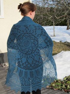 Ravelry: Project Gallery for Evenstar Shawl pattern by Susan Pandorf