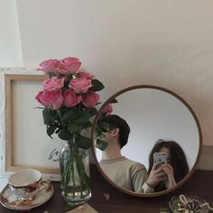 Find images and videos about couple, aesthetic and ulzzang on We Heart It - the app to get lost in what you love. Ulzzang Couple, Ulzzang Boy, Ulzzang Korea, Cute Couples Goals, Couple Goals, Korean Couple, Couple Aesthetic, Cute Korean, Couple Pictures