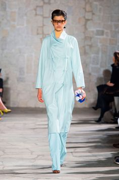 Loewe Fall 2015 Ready-to-Wear Collection  - ELLE.com