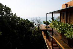Casa no Guarujá,© Leonardo Finotti