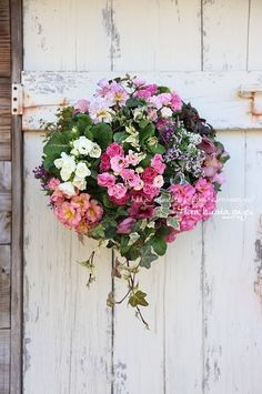 プリムラの壁掛けハンギング |フローラのガーデニング・園芸作業日記
