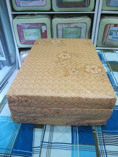 Nệm giá rẻ tại cửa hàng: Nhiều kích cỡ với giá khác nhau cho căn phòng ngủ thêm đẹp. Nhiều màu sắc tự chọn, chất liệu tốt, sản phẩm chính hãng, bảo hành 5 năm, giao hàng miễn phí khu vực HCM. http://www.sachcoffee.vn/noi-that/nem/nem-gia-re/
