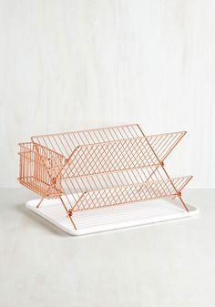 Why not coordinate all your copper metalwork with this fabulous plate rack? A great way to make your draining board that little bit more glamorous! http://www.deterra-kitchens.co.uk/blog/top-ten-copper-accessories-for-solid-wood-kitchens/