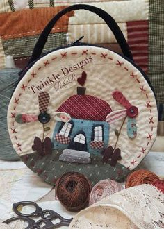 TWINKLE PATCHWORK Wool Applique, Applique Patterns, Applique Quilts, Quilt Patterns, Country Sampler, Country Quilts, Sewing Pockets, Quilting Room, House Quilts