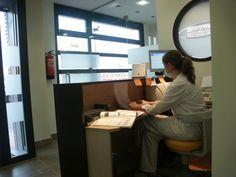 Reforma de Clínica Dental. En Lardero, La Rioja, Spain. Proyecto realizado por Javier Yrazu Bajo. Crokis Proyectos. +34629447373