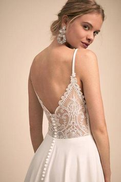 True there are many classic styled dresses that. However, not all of the wedding dress styles from the past would look quite right in Boat Neck Wedding Dress, Sexy Wedding Dresses, Wedding Dress Styles, Bridal Dresses, Wedding Gowns, Event Dresses, Lace Wedding, Wedding White, Casual Dresses
