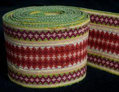 Belte Inkle Weaving, Card Weaving, Tablet Weaving, Folk Costume, Costumes, Loom, Knit Crochet, Knitting, Crafts