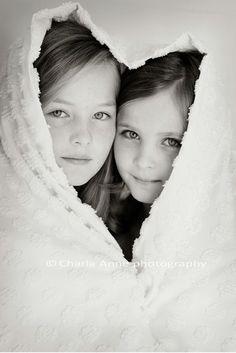 Sisters Photo - such a precious idea.