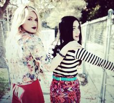 From left to right, Leven Rambin, Isabelle Fuhrman. :3