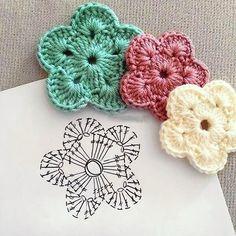 New Totally Free Crochet Doilies rose Suggestions Häkel-Blume Crochet Flower Squares, Crochet Doily Diagram, Crochet Flower Patterns, Crochet Patterns For Beginners, Crochet Doilies, Crochet Beanie Pattern, Crochet Patterns Amigurumi, Stitch Crochet, Crochet Stitches