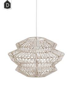 Luxe geweven hanglamp Flame van wit leer uit de vtwonen by Light & Living collectie. Door de weving krijg je een leuk lichtspel op de muren. De lamp is handgemaakt en dat maakt het product juist zo uniek.  #dutchhomelabel#lightandliving#lightliving #hanglamp#leer#vtwonen#tranquil#interieurinspiratie#interieurstyling#binnenkijken Chandelier, Ceiling Lights, Pendant, Home Decor, Homemade Home Decor, Decoration Home, Room Decor, Chandeliers, Ceiling Light Fixtures
