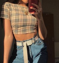 outfits for school ; outfits with leggings ; outfits with air force ones ; outfits with sweatpants ; outfits with black jeans Retro Outfits, Grunge Style Outfits, Cute Casual Outfits, Mode Outfits, Cute Vintage Outfits, Cool Girl Outfits, Black Outfits, Hipster Outfits, Simple Outfits