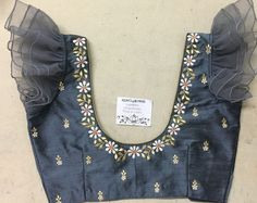 We don't sell any products. If you like this post pl save it and tag your friends . DM for credits or removal of this post.No photo description available. Simple Blouse Designs, Stylish Blouse Design, Blouse Back Neck Designs, Fancy Blouse Designs, Work Blouse, Kebaya, Sarees, Lehenga Choli, Zardosi Work