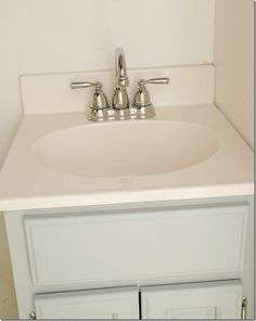 How to paint a sink: easy and inexpensive solution to fix an ugly sink. Includes products used and a step-by-step tutorial with pictures on how to do it yourself. Bathroom Faucets, Master Bathroom, Painting A Sink, Bath Cleaners, Diy Home Repair, Grey Cabinets, My New Room, Home Improvement, Household