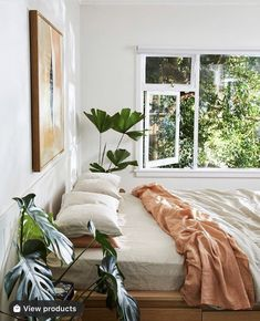 Linen Couch, Interior Work, Loft, Exterior Cladding, Bedroom Plants, Scandinavian Interior, How To Make Bed, Beautiful Interiors, Living Area