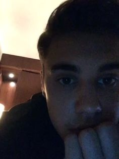 Justin Bieber (justinbieber) on Shots ~bae is bored~