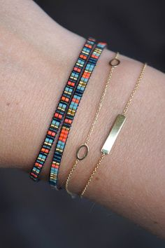 All bracelets are handmade with Miyuki beads. These bracelets are made with the smallest size beads, size Miyuki beads are from high quality and this bracelet will be created with a gold plated lobster clasp. This listing Loom Bracelet Patterns, Bead Loom Bracelets, Bead Loom Patterns, Wrap Bracelets, Colorful Bracelets, Heart Bracelet, Jewelry Bracelets, Friendship Bracelets With Names, Handmade Bracelets