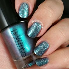 Catrice Get The Blues stamped with Tip Top Armour Plate and BM-S102