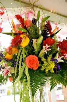 tropical arrangeements for wedding archs | Photo Gallery - Photo Of Gorgeous Tropical Wedding Arrangement