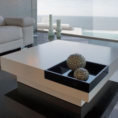 22 Beautiful Living Rooms That Boast Amazing Home Design Diy Sofa Table, Table Furniture, Luxury Furniture, Furniture Design, Centre Table Living Room, Center Table, Wooden Coffee Table Designs, Centre Table Design, Living Room Decor Inspiration