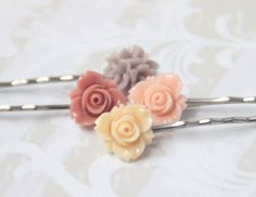 Flower Bobby Pins: Nude colors
