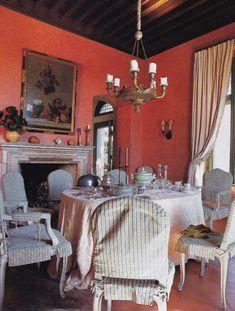 Dining Room , Tuscan Style , Mark Hampton