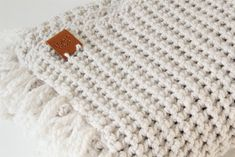 Free crochet pattern: BLANKET - Freubelweb - Crochet baby blanket with sturdy structure (free pattern) - Baby Patterns, Knitting Patterns, Crochet Patterns, Love Crochet, Diy Crochet, Single Crochet, Baby Blanket Crochet, Crochet Baby, Embroidery Hearts
