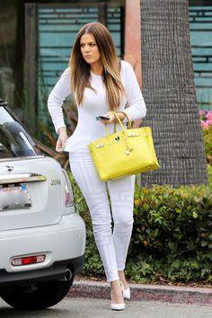 Khloe Kardashian street style with skinny jeans and Hermes Birkin handbag. Kardashian Style, Kardashian Jenner, Kardashian Fashion, Kardashian Family, Embroidered Jeans, Classy Chic, Red Bottoms, Celebs, Celebrities