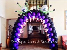 So cool! Halloween Balloons, Halloween Party, Halloween Ideas, Ballon Decorations, Halloween Decorations, Candy Party, Balloon Arch, Photo Props, My Favorite Things