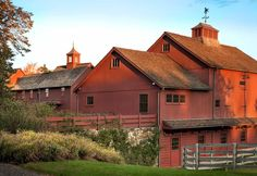 Very Nice Barn - Really like this shade of red for the barn.