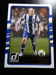 2016-17 Donruss Soccer #  81 Maxi Pereira FC Porto Card #FCPorto