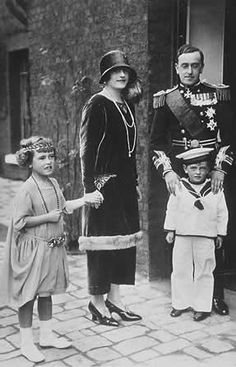 George, dashing in his military uniform, and Nadejda, decked out in 1920's fashion, with their children, Lady Tatiana and David, 3rd Marquess of Milford Haven.  David was close to his cousin, Prince Philip.